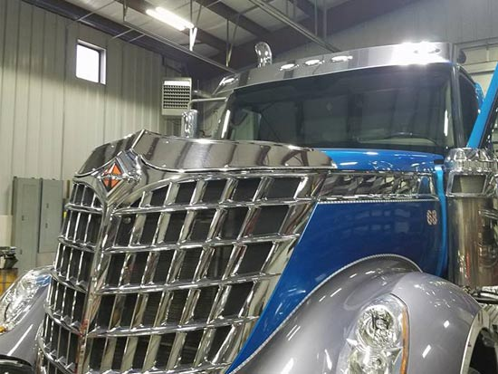 Semi truck windshield replacement