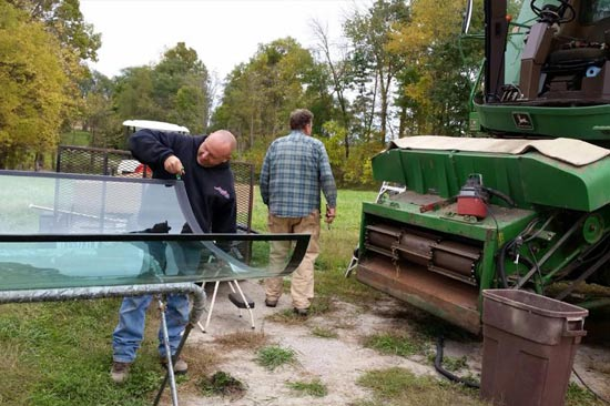 Farm equipment windshields replaced in Macy, Indiana